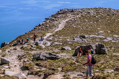 the climb continues (MC Snapper78) Tags: scotland nikond3300 landscape scenery firthofclyde goatfell arran corbett mountain walkers people marilynconnor