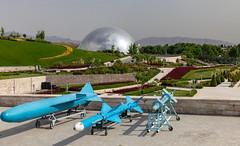 Holy Defense Museum, Tehran (Ninara) Tags: tehran iran tabiat tabiatbridge naturebridge taleghanipark aboatashpark modarresexpressway holydefensemuseum museum