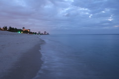 Central Beach, Fort Lauderdale, Florida (Symbiosis) Tags: centralbeach fortlauderdaleflorida atlanticocean beach sunrise browardcounty redskies