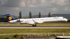 Bombardier CRJ-900LR D-ACKE Lufthansa CityLine (William Musculus) Tags: basel mulhouse freiburg airport euroairport eap bsl mlh lfsb spotting dacke lufthansa cityline canadair cl6002d24 regional jet crj900lr bombardier