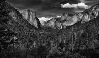 Amazing Tonal Contrast to an Amazing View of Yosemite Valley (Black & White)