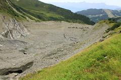 Moraine de Bionnassay (Yann Brilland) Tags: hautesavoie montagne randonnée glacier bionnassay glace massif montblanc paysages moraine