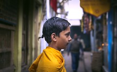 Student@varanasi (BALAJI SEETHARAMAN) Tags: vibrant street portrait chennaiweekendclickers cwc624 cwc colours boy student kashi banaras varanasi canon600d balajiseetharaman