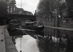 boat trip (OhDark30) Tags: carl zeiss jena czj werra 3 tessar 2850 35mm film monochrome bw blackandwhite bwfp fomapan 200 rodinal boat trip narrowboat barge tour birmingham canal water reflection bcn main line towpath