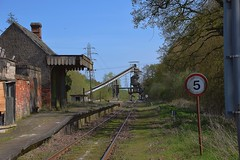 Middleton Towers, sadly, the Thumper didn't get this side of the Crossing Gates. No-one on duty in the Sand Terminal with a key. 21 04 2018 (pnb511) Tags: westanglialine branchline swaffham sand loading terminal dilapidated station disused