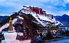 布達拉宮 (sunnyha) Tags: 布達拉宮 thepotalapalace lhasa tibet china chinese chinalandscape chineselandscape chinesehistory chineseculture sony sonyilce7m3 a7m3 building architecture sky clouds religion outdoors color colour colours photographier photograph photographer history 中國 中国 中国風景 中国文化 中國歷史建築 中國文化 中國歷史 中國風景 攝影 寫真 摄影 写真 sonyfe24240mmf3563 拉薩 西藏 unesco worldheritage