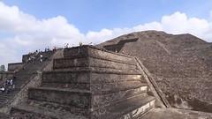45 • 140 • 150 (a.jassog98) Tags: video maya mayas pyramids pyramid pirámide canon timelapse mexico teotihuacán teotihuacan