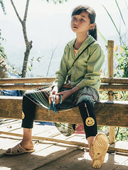hiking to rice terraces. (@see1st) Tags: vietnam sapa laocai sony sonya7s travel adventure explore people localpeople portrait face city citylife children