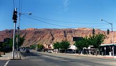 Moab, Utah (J_Piks) Tags: usa road highway streetlights streetlighting lampposts trafficlights moab utah