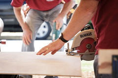 Cutting Plywood For Building a Boat (ShebleyCL) Tags: plywood craftsman construction crafts cut hobby electricsaw anacorteswaterfrontfestival applewatch hand build