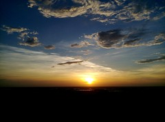 time to say goodbye (Yoman H) Tags: sunset hsinchu taiwan asia beach 海天一線 evening seascape ocean sea