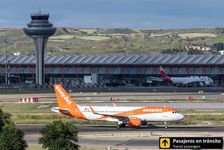 Airbus A320 easyjet OE-IJW