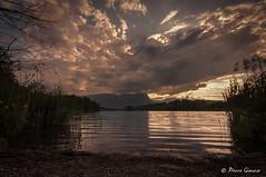 Moitié-moitié (Pierrotg2g) Tags: paysage landscape nature lac lake nuages clouds nikon d90 tokina 1228