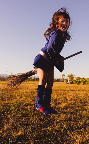 cosplay-girls-kiki-akko-little-witch-academia-14.jpg
