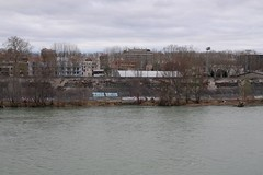 Toulouse (les Amidonniers) - la Garonne (fred.weg) Tags: toulouse garonne river fleuve berge digue dam graffiti amidonniers