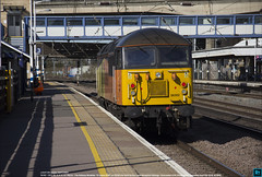 56302 runs north through Huntingdon on 0Z58, April 5th 2018 b (Bristol RE) Tags: 56302 56124 56 class56 peco therailwaymodeller 45201 huntingdon 0z58 colasrailfreight