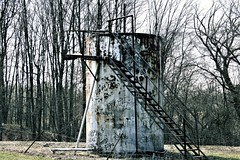 old crude oil tank (Lana Pahl / Country Star Photography) Tags: old ruraldecay