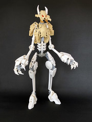 Astral Chelicihusk 3 (Ballom Nom Nom) Tags: bionicle lego ccbs herofactory alien astral husk zombie chelicihusk space
