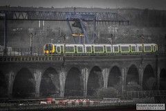 RuncornRailViaduct&Bridge2018.03.18-4 (Robert Mann MA Photography) Tags: runcorn runcornrailwaybridge runcornrailwayviaduct bridge railwaybridge viaduct railwayviaduct mersey rivermersey merseyside widnes catalyst catalystsciencediscoverycentre 2018 winter sunday 18thmarch2018 train trains londonmidland londonnorthwesternrailway class350 desiro class350desiro