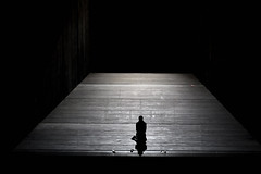Dialogues des Carmélites (lorenzog.) Tags: dialoguesdescarmélites francispoulenc frenchopera opera operalirica operahouse teatrocomunalebologna bologna show theatre theatricalscenery nikon d700