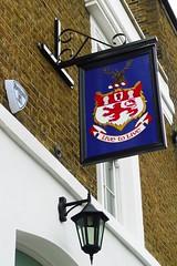 Earl of Zetland, Notting Hill, W11 (Ewan-M) Tags: london england w11 nottinghill pubsigns londonboroughofkensingtonandchelsea londonboroughofkensingtonchelsea royallondonboroughofkensingtonandchelsea royallondonboroughofkensingtonchelsea earlofzetland theearlofzetland princedaleroad princesroad
