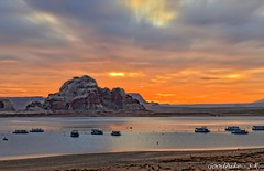 Magical sunrise of Lake Powell in Arizona (goodhike) Tags: sunrise lake powell lakepowell az arizona landscape southwest americanwest water rock rocks sky beach boat boats nature natural
