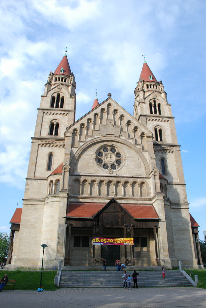 фото: St. Francis of Assisi Church in Vienna