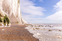 Seven Sisters cliffs from Cuckmere Haven beach *2* (Zoë Power) Tags: sevensisterscountrypark coast whitecliffs sevensisters eastsussex uk cuckmerehaven