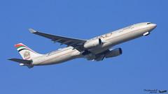 Airbus A330 -343 ETIHAD A6-AFE 1226 Francfort février 2016 (Thibaud.S.Photographie) Tags: airbus a330 343 etihad a6afe 1226 francfort février 2016