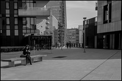 Break TIme (Guido Colombini) Tags: milano contrast building ricoh street portanuova grii bw place architecture rest bianconero