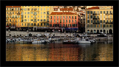Le Port de Nice (Jean-Louis DUMAS) Tags: dxo dxoone reflets reflections reflection water port nice bateau boat maison soleil sunset sunlight sun lumière light lux