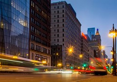 Busy Streets of Chicago (T P Mann Photography) Tags: city lights street illinois chicago
