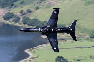 Hawk T.2 Low Flying in Wales