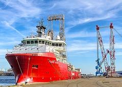 FUGRO SCOUT (Filamon44) Tags: fugroscout saintnazaire ship bateau boat forage drill drillingvessel vessel derrick mcgregor plimsoll crane deckcrane imo9600372