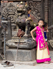 Girls in Bhaktapur (SamKirk9) Tags: nepal kathmandu bhaktapur