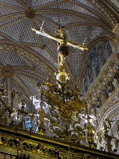 Crucifix, grille du choeur, cathédrale Sainte Marie (XIIIe-XVe), Tolède, Castille-La Manche, Espagne.