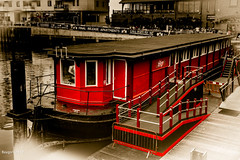 Red cruise line (ericbaygon) Tags: barge bateau péniche boat cruise croisière eau nikon d750 water red rouge