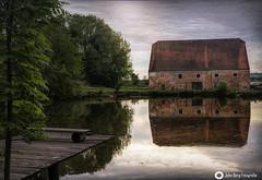 Spiegelung im Wasser (john_berg5) Tags: reflection spiegelung wasser water sky licht light bulding gebäude see lake evening nature summer sommer nikon d750
