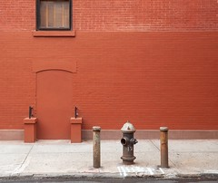 Fire Hydrant (kareszzz) Tags: newyork nyc ny manhattan 2018 summer june minimal colours colors red newyorkcityfirehydrants firehydrant photowalk canon6d ef24105 street art brick wall curb us usa america