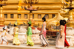 Myanmar-20180324-1230 (ShaneAndRobbie) Tags: nyaungu mandalayregion myanmarburma mm myanmar burma bagan shwezigonpaya shwezigon pagoda shinbyu novitiation ceremony