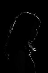 F_47A2169-BW-Canon 5DIII-Tamron 28-300mm-May Lee 廖藹淳 (May-margy) Tags: 心情的故事 maymargy bw 黑白 人像 剪影 邊緣光 逆光 天馬行空鏡頭的異想世界 mylensandmyimagination 線條造型與光影 linesformandlightandshadow 新北市 台灣 中華民國 portrait silhouette backlighting rimlighting f47a2169bw newtaipeicity canon5diii tamron28300mm maylee廖藹淳