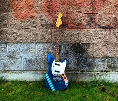 My Back's Against A Wall (Pennan_Brae) Tags: offsetguitar guitarphotography musicphotography fenderguitars fenderguitar shortscale guitar fendermustang electricguitar