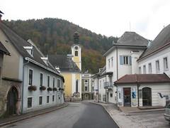 IMG_3800 Weyer, 13.10.2007 (MQ73) Tags: 13102007 2007 oberösterreich österreich upperaustria austria weyer kindheitserinnerungen altstadt oldtown turm tower kirche church