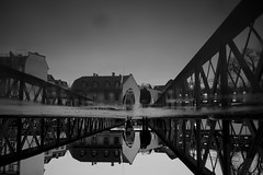 Autop (maekke) Tags: zürich reflection puddlegram sihl limmat pointofview pov fujifilm x100t streetphotography bw noiretblanc 2018 ch switzerland