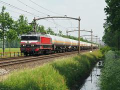 Captrain 1618 (jvr440) Tags: trein train spoorwegen railroad railways oisterwijk captrain 1600