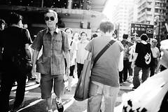 L1009939 (kenzo_PHOTOGRAPHY) Tags: hongkong black white blackandwhite mongkok street snap streetphotography people strangers walk cross