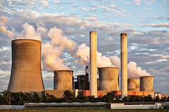 Power plant - Credit to http://homedust.com/ (Homedust) Tags: air pollution chimney clouds current electricity energy environment exhaust factory heavy industry industrial plant metal old building outdoors power station supply production rusty sky smoke steel