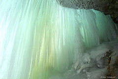 Frozen waterfall (irene.holmen) Tags: ice wall cave grotto grotte hule winter vinter geologi gelogy light turkis green cold colors winterwonderland sculptures icicles