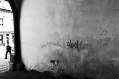 dod (stefankamert) Tags: stefankamert street wall man people textures ricoh gr grd grdiv noir noiretblanc blackandwhite blackwhite grain paintings dirty old rotten