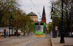 Siemens Combino #501 (dorian.kowalski) Tags: siemens combino 501 tramwaj tramway tram strassenbahn bimba mpkpoznań poznań transport publictransport mostteatralny fredry linia17 linie17 kościół church opera teatr piasek